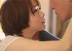 「SEXって、こんなに気持ちイイんだ…」言葉も交わさず激しく求めあう!